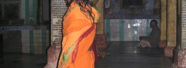 yoga pilgrimage - Siddhart in Varanasi